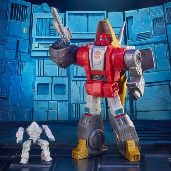 Transformers Studio Series Leader set of 2 (The Movie Dinobot Slug and Daniel Witwicky, Unknown). Preorder. Start Shipping on 1st October 2021.