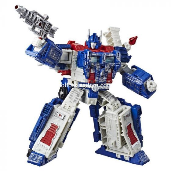 Transformers Generations Siege War for Cybertron Leader Ultra Magnus.