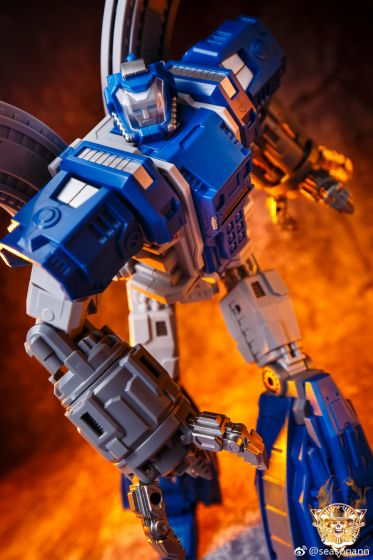 Mech Fans TOYS MF-34I. Available Now.
