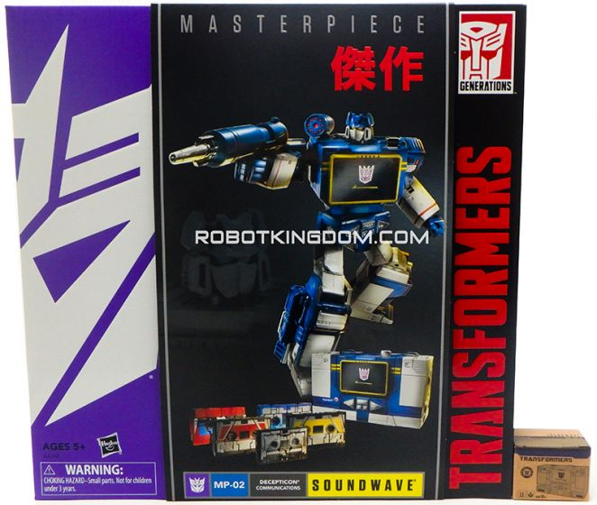 Hasbro Asia Exclusive Masterpiece Soundwave with Exclusive Gift. Available Now!