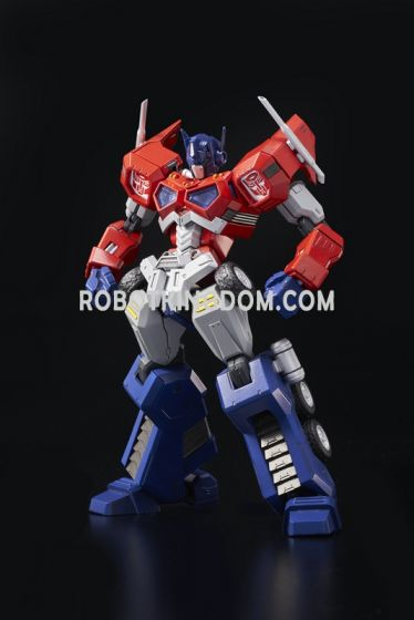 Flame Toys [Furai Model] 01 - Optimus Primus (Attack Mode) (Reproduction). Available Now!