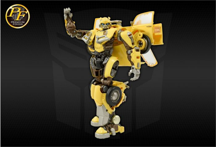 Transformers Premium Finish Studio Series PF SS-01 Bumblebee. Preorder. Available in 30th October 2021.