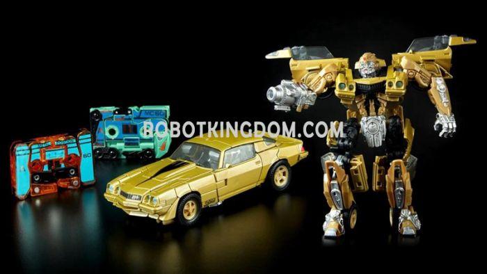 SDCC 2018 Transformers Bumblebee Vol. 1 Retro Rock Garage. Start Shipping Now!
