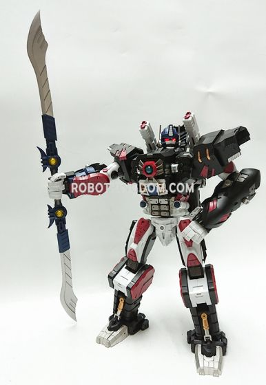 Generation Toy GT-10 BW T-Beast. Available Now!