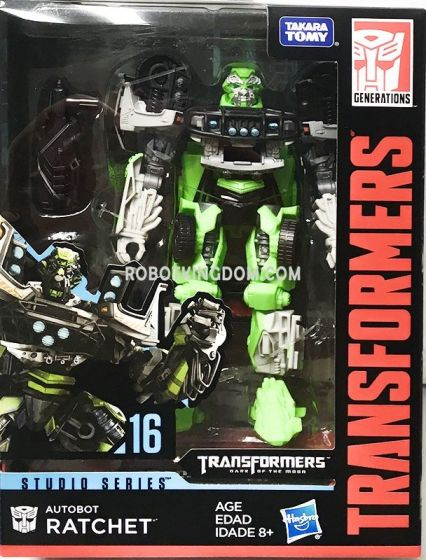 Hasbro Transformers Studio Series 16 Ratchet. Available Now!