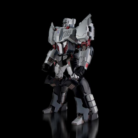 Flame Toys [Furai Model] Megatron (IDW Decepticon Ver.) Preorder. Available in May 2020.