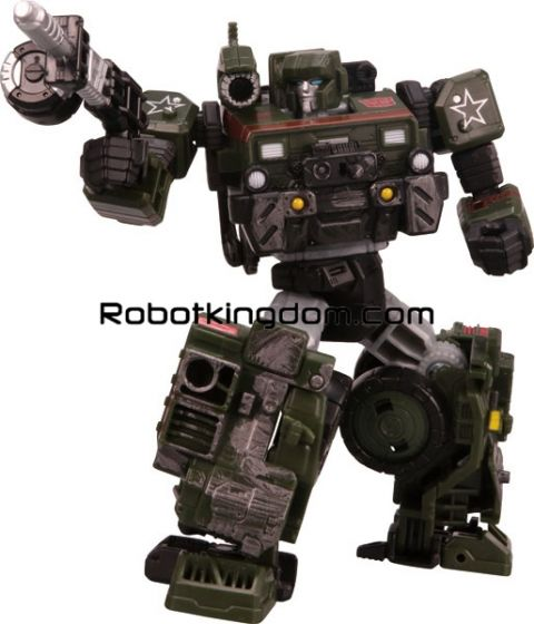 Transformers SIEGE SG-12 Hound. Available Now!