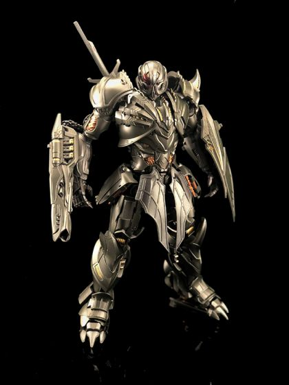 Unique Toys UT-R03 Dragoon. Preorder. Available in February 2020.