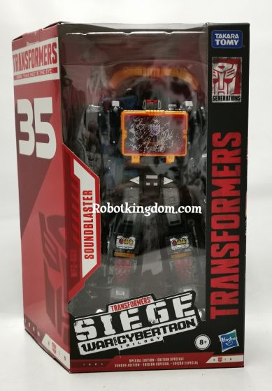 Transformers 35th Generations 2019 Siege of cybertron Siege Voyager Soundblaster. Available Now!